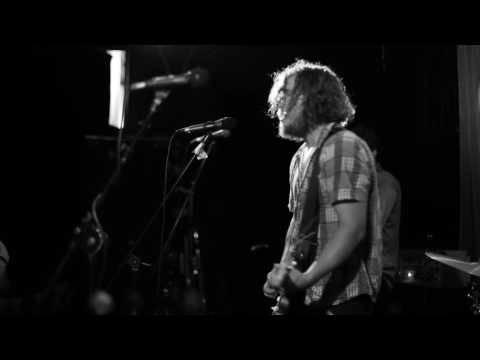 """Bad//Dreems - """"Hiding To Nothing"""" Live HD 