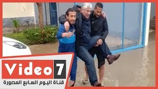 فيديو.. قبل مواجهة الأهلى.. غرق إنبى ومداعبة مدير الكرة - اليوم السابع
