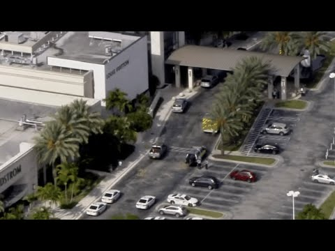 'It Was Very Traumatic': Shooting at Aventura Mall Sends Shoppers ...