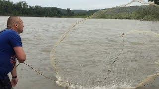 Рыбалка кастинговой сетью.Супер улов ч. 2