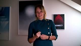 Vesmírní popeláři | Roberta Bimbová | TEDxYouth@Prague