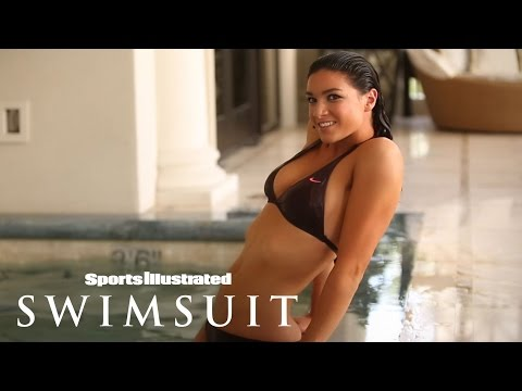 Michelle Jenneke Photoshoot: Las Vegas 2013 | Sports Illustrated Swimsuit from YouTube · Duration:  1 minutes 45 seconds
