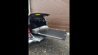 Pickup truck sliding floor