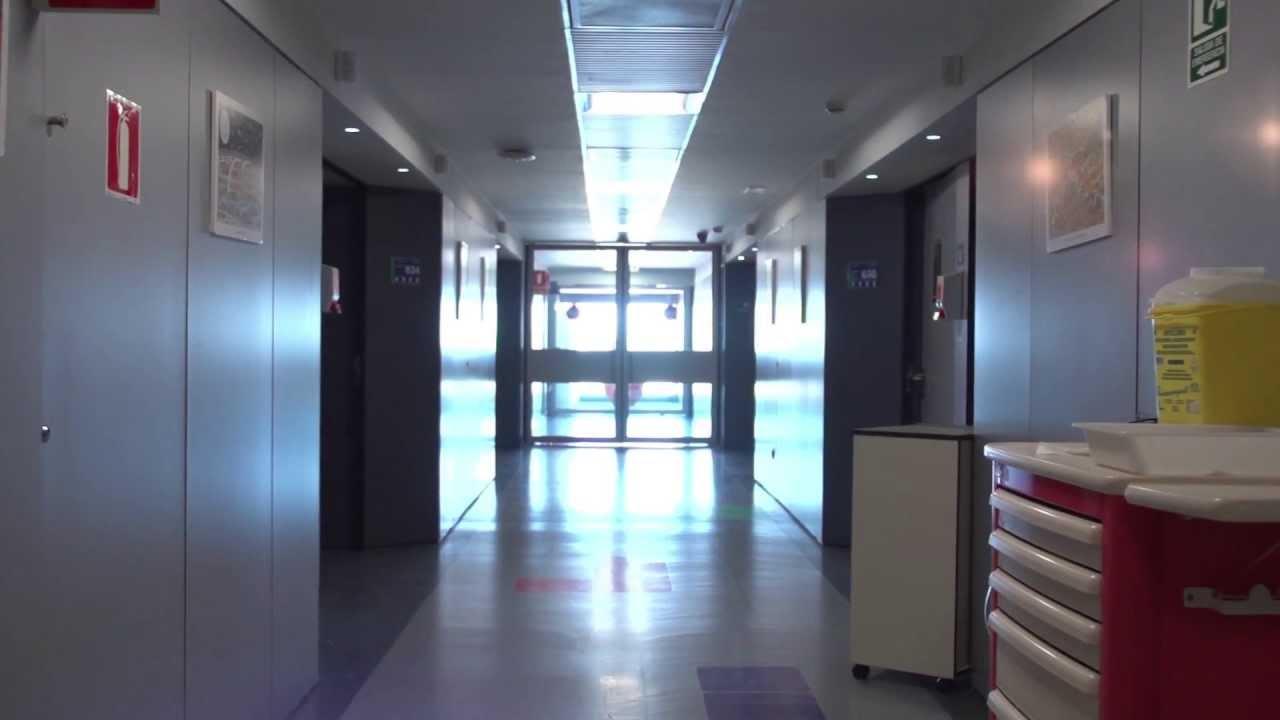 Resultado de imagen de pasillo hospital