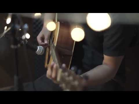 Cover Lagu Naff Kenanglah Aku. Della Firdatia Menyentuh Banget