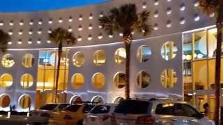 Universal Studios Florida - Cabana Bay Beach Resort with Standard Room Pool side tour