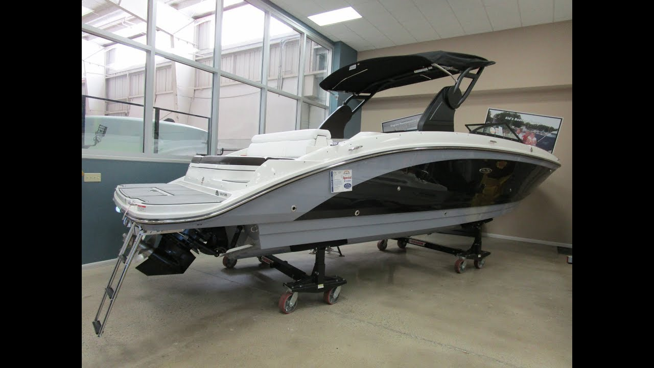 NEW 2018 Sea Ray 270 Sundeck BOAT FOR SALE near Chicago by B & E Marine  219-879-8301