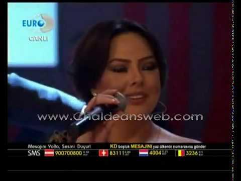 فيديو ميماتي يغني في مقابله تلفزيونيه