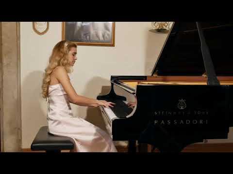 J. Haydn Piano Sonata in F Major  Hob  XVI 23 II e III Tempo - Giulia Rossini