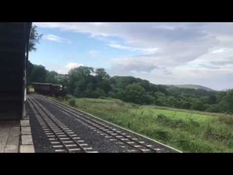 Isle of Man Railway dinning train race !