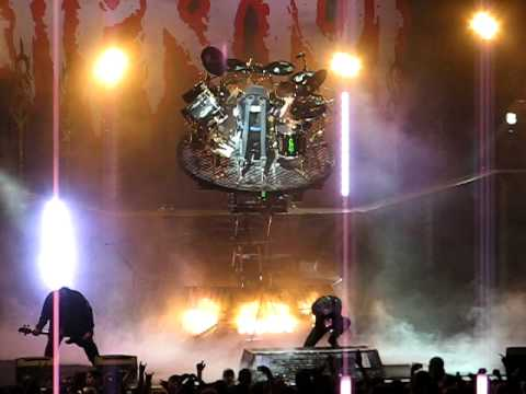Slipknot- Mayhem Festival 08 - Joey Jordison's rotating ...
