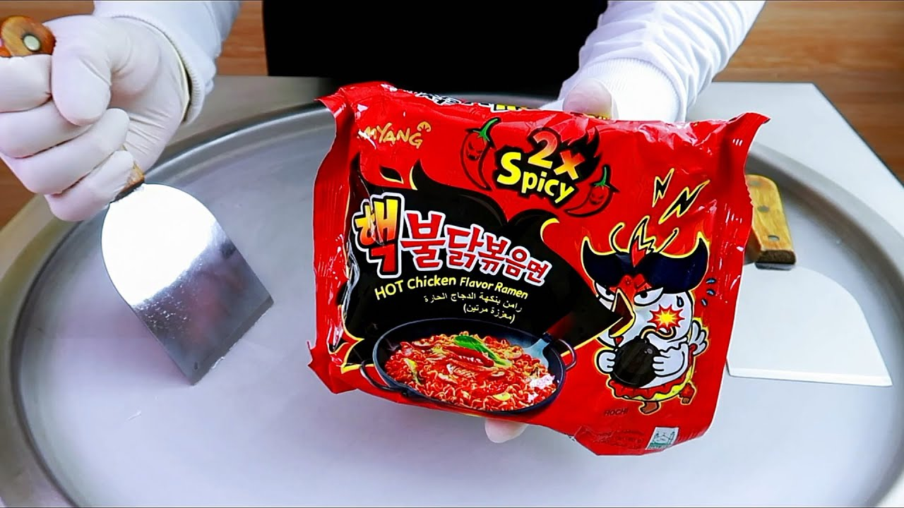 Korea Noodle Chicken Ramen Spicy Hot x2 ice cream rolls street food - ايسكريم رول نودلز كوري حار x2