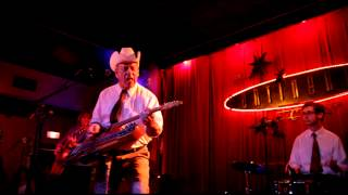 Junior Brown Medley yakety axe etc.  at the continental club austin tx