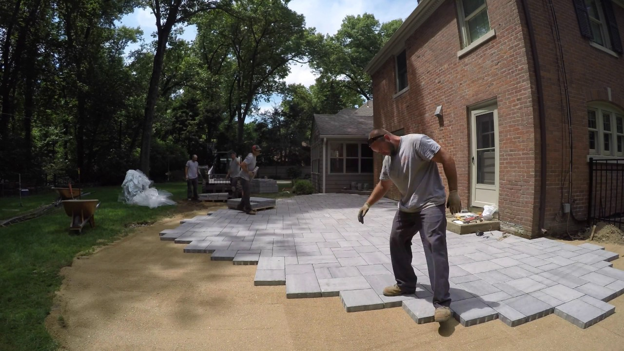 How We Build U0026 Install A New Back Patio From Techo Bloc Blu 60mm
