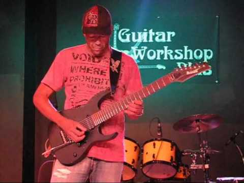 Tony MacAlpine at Guitar Workshop Plus 2010