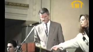 Is Jesus God - Deedat VS Pastor Sjoberg (English - Full)