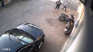 Trộm xe bị camera ẩn quay trúng