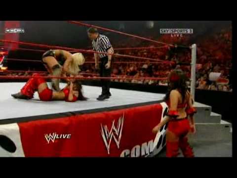 Maryse v.s Brie Bella