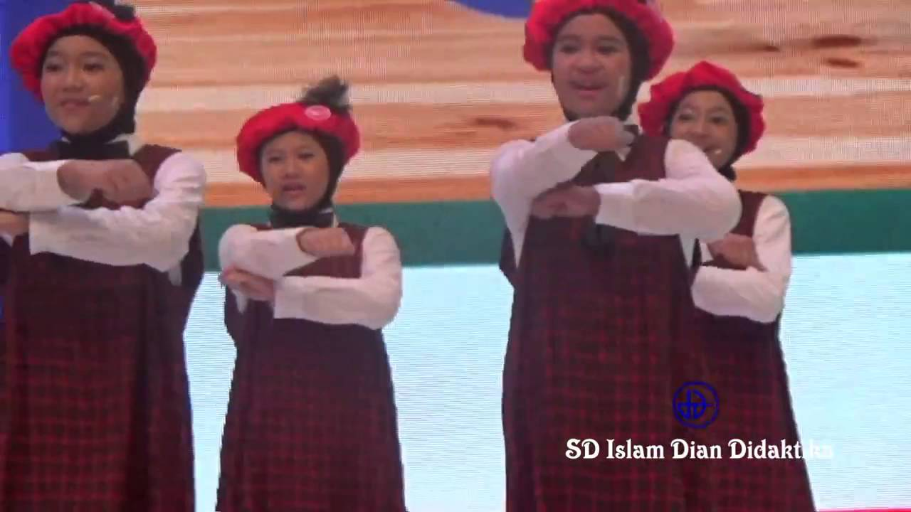 Paduan Suara SD Islam Dian Didaktika   Juara 1 Show Choir Competition Daihatsu 2016