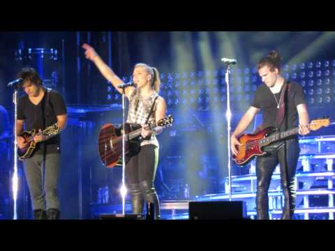 If I Die Young (Encore) - The Band Perry Live @ Country Summer Festival, Santa Rosa, CA 6-6-15