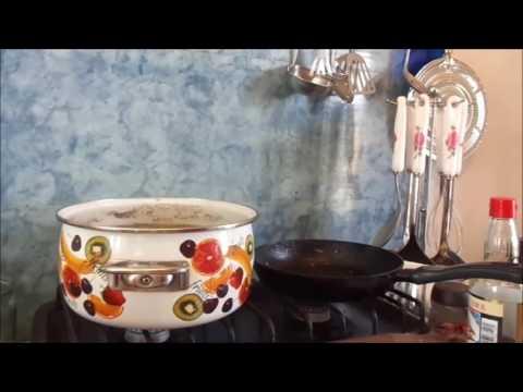 Сосиски в слоеном тесте: 8 быстрых рецептов