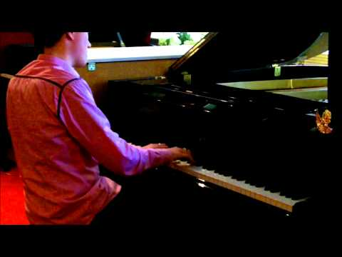 Piano Atelier Meppel - Playing Mozart on the Yamaha C-3 Grand