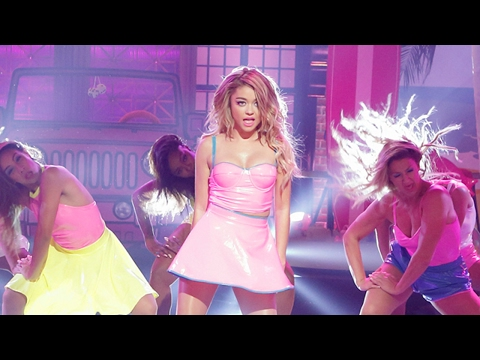 Sarah Hyland Channels Pussycat Dolls With Don † t Cha In Lip Sync Battle Preview