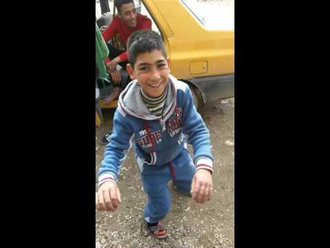 اجمل رقص طفل عراقي 2016 اشرررررد thumbnail