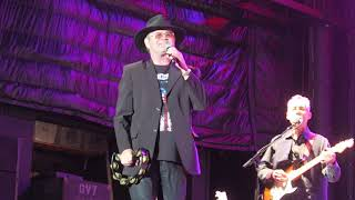 Monkees lead singer Micky Dolenz and guitarist Michael Nesmith put ...