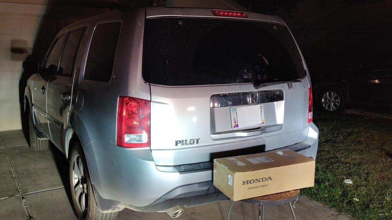 How To Fix A 2012 Honda Pilot Rear Hatch Tailgate Glass Window Actuator Youtube
