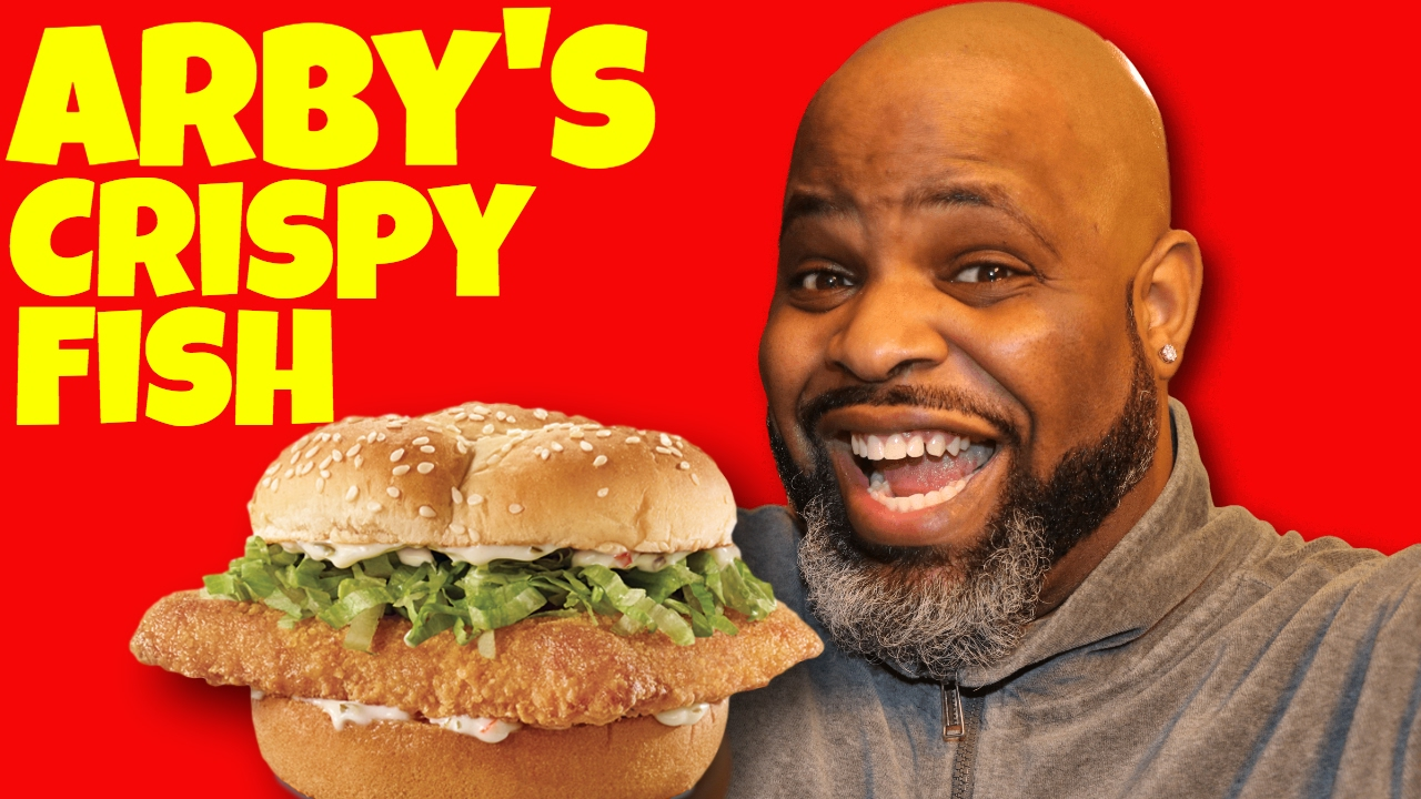 Arby 39 s crispy fish sandwich food review youtube for Arby s fish sandwich 2017