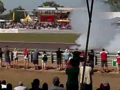 2008 V8 Supercars Darwin Burnout