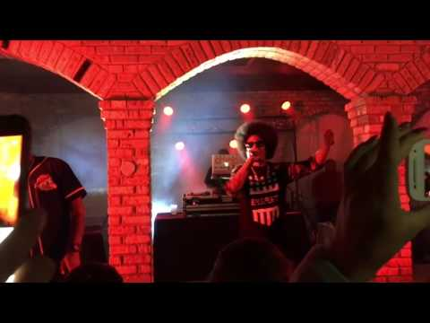 Layzie Bone LIVE @ The City Lounge (Cudahy, WI - 10/09/16)