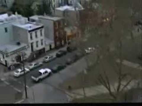 Michael Andrews featuring Gary Jules - Mad World [alternate version]
