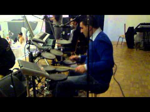 Grup direnis 11-02-2012 Fransa halay 2