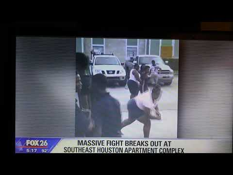 THIS HAPPEN AT (PARK HOUSTON APARTMENT COMPLEX ) AT 12000 M.L.K. A FIGHT.