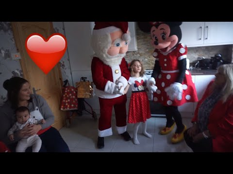 Santa And Minnie Mouse Mascots   Best Ever Mascots 💕