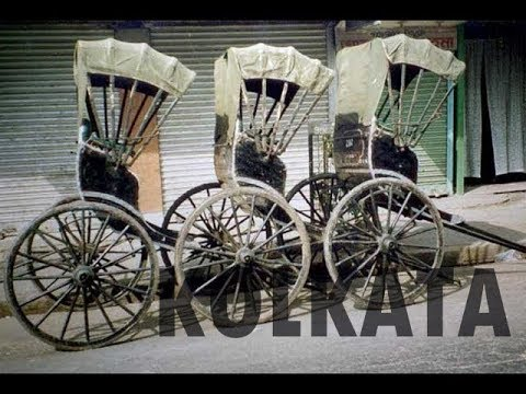 A ride on a hand pulled rickshaw | Calcutta (India)