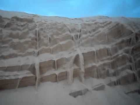 sand falls .....have u seen that before ??????