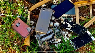 Found a phone Restoration destroyed abandoned phone Mi ! Found a lot of broken phones in the rubbish