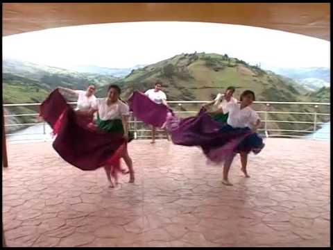 Grupo de danza Tushuc Guambracuna Chola Querida
