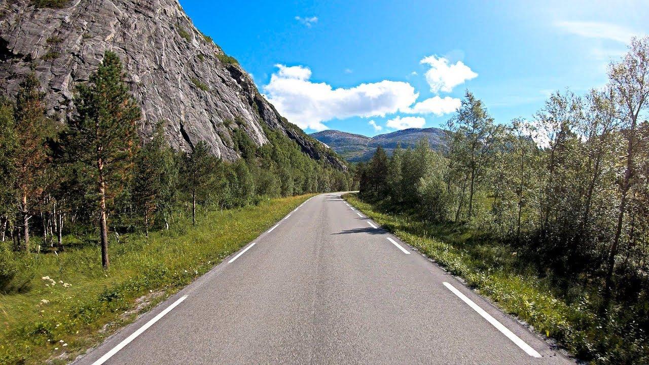 Langs gammelveien mot Misvær