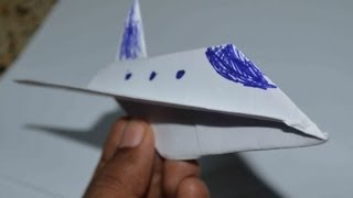 Origami : Simple paper model of space shuttle