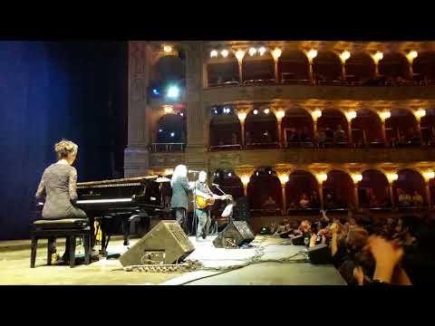"""Patti Smith trio """"People have the power"""" live @ Teatro dell'Opera (Roma)"""