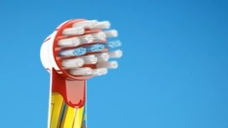Gambar cover Oral-B Stages Power electric toothbrush heads for kids