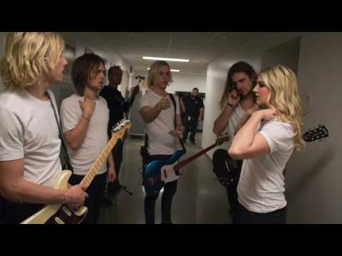 'Let's Go Crazy' Prince Cover R5 Live At...
