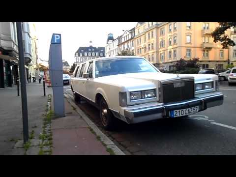 Lincoln limousine to 1988 startup and driving on the street