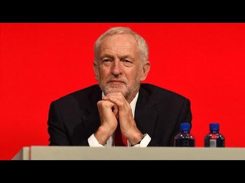 Líder da oposição britânica prefere eleições mas admite novo referendo