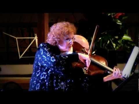Schumann Marchenbilder (Fairy Tales) 3rd & 4th Mvt - Rivka Golani, Michael Hampton.