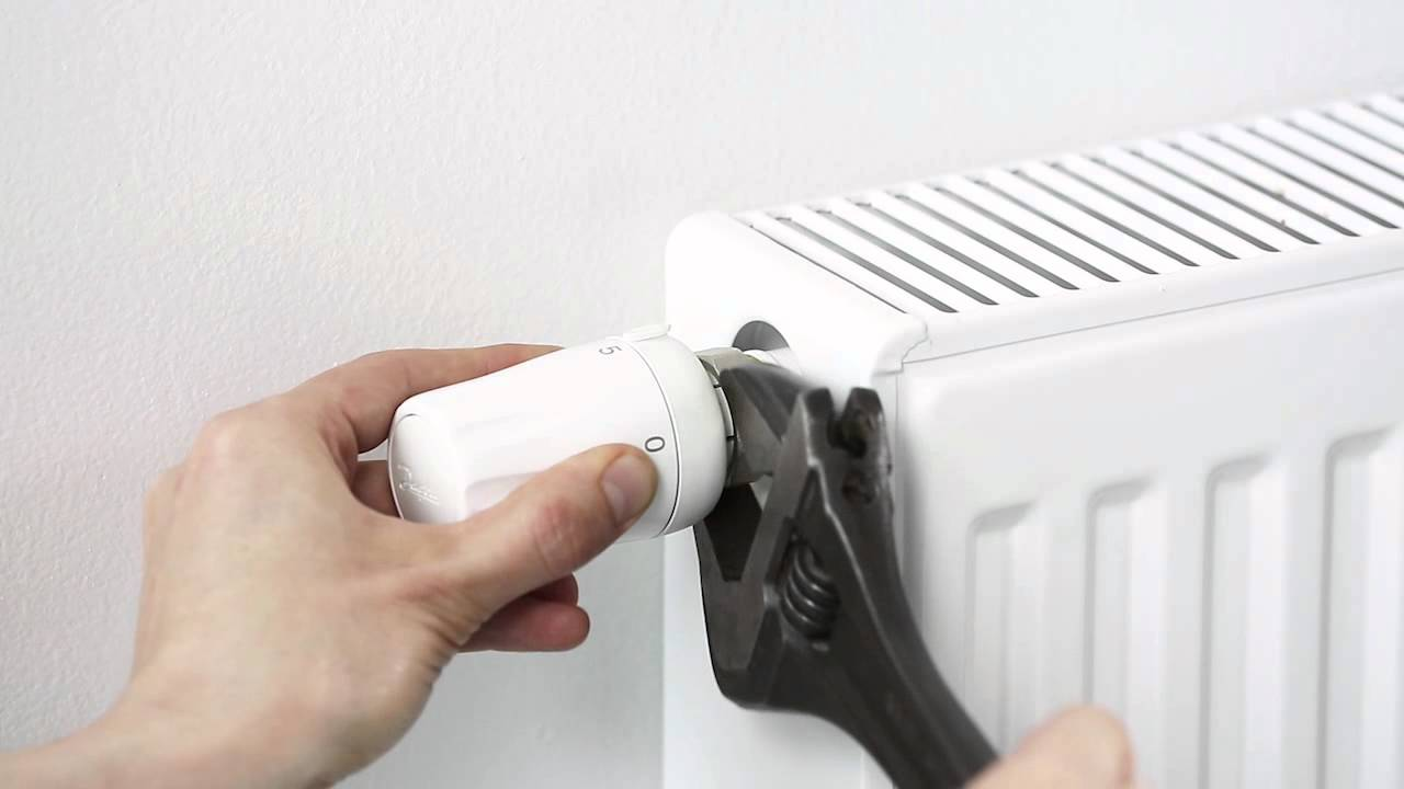 How To Replace A Radiator >> Replace your old thermostat with a new Danfoss thermostat ...